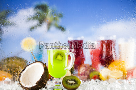 exotic, alcohol, drinks - 25163012
