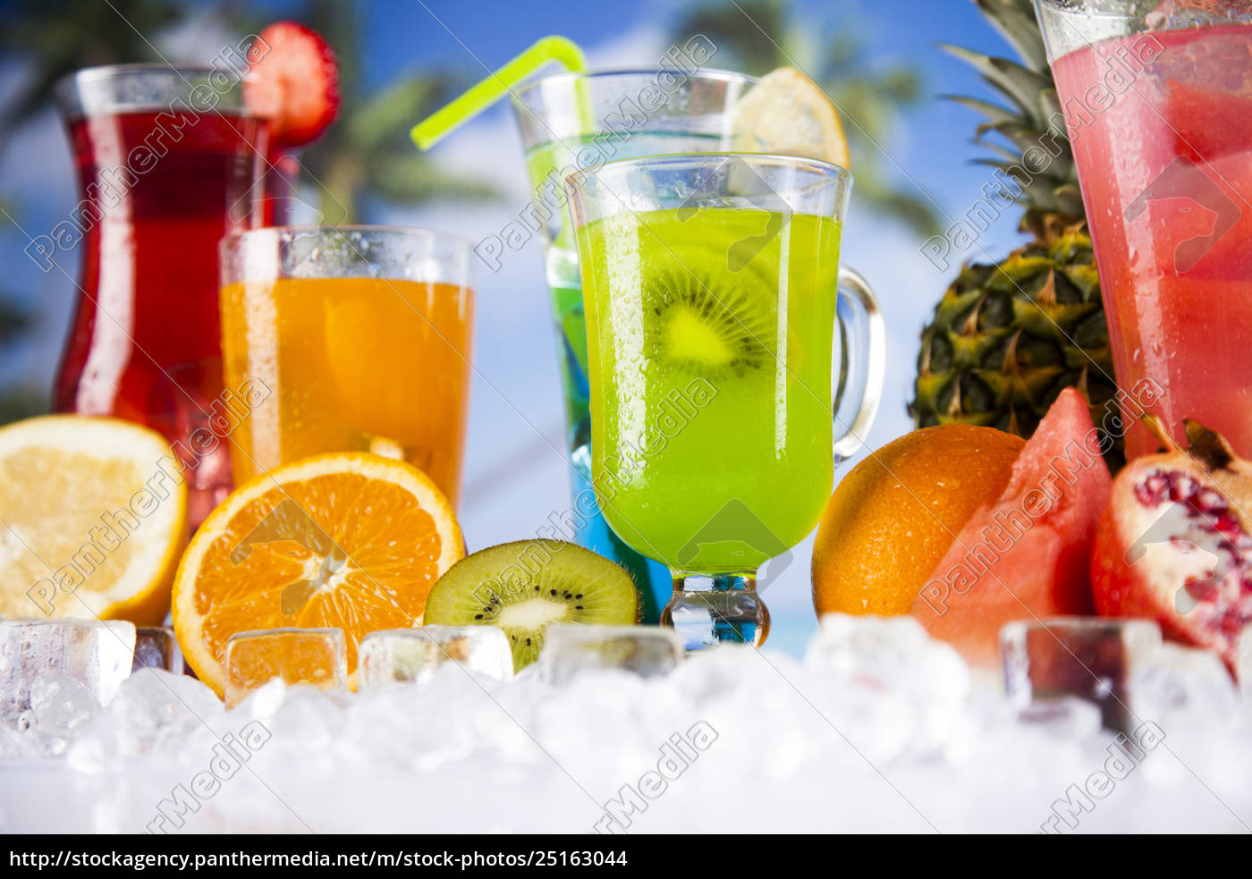exotic, alcohol, drinks - 25163044
