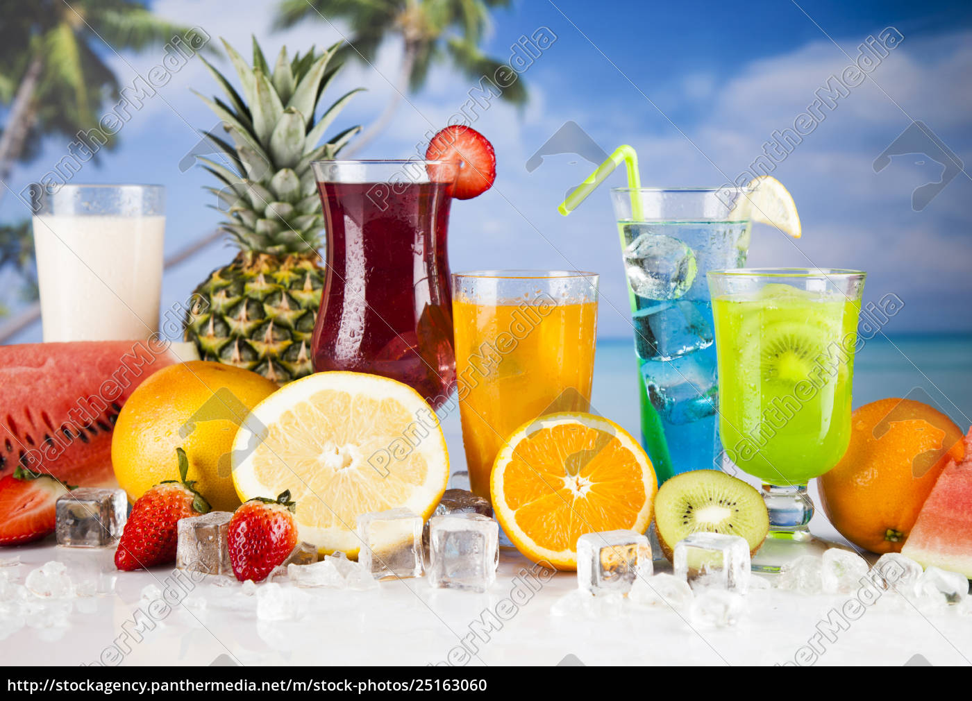exotic, alcohol, drinks - 25163060