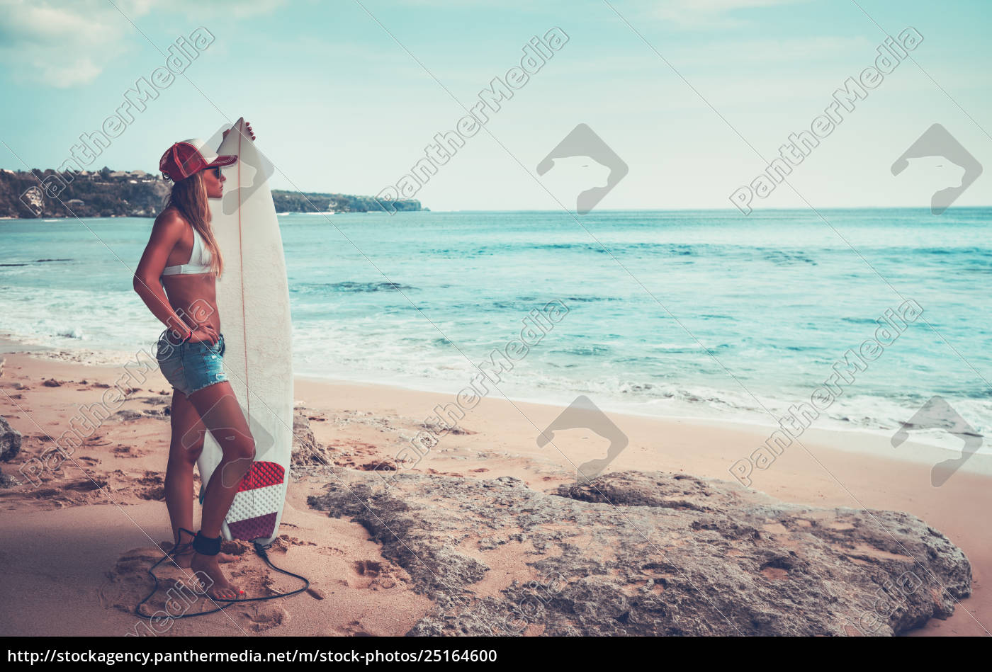 beautiful, surfer, girl, on, the, beach - 25164600