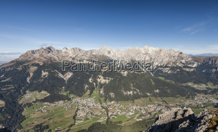 bucolic mountains dolomites alps sights sightseeing
