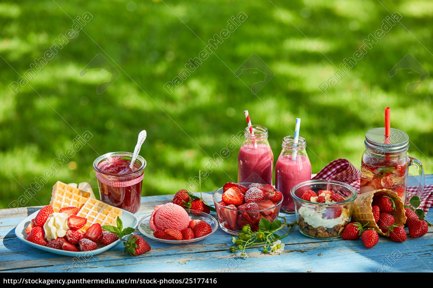 fresh, , vibrant, summer, strawberry, desserts, picnic - 25177416