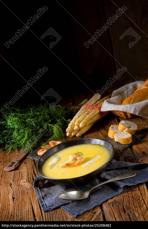 delicious, asparagus, cream, soup, with, prawns - 25208482