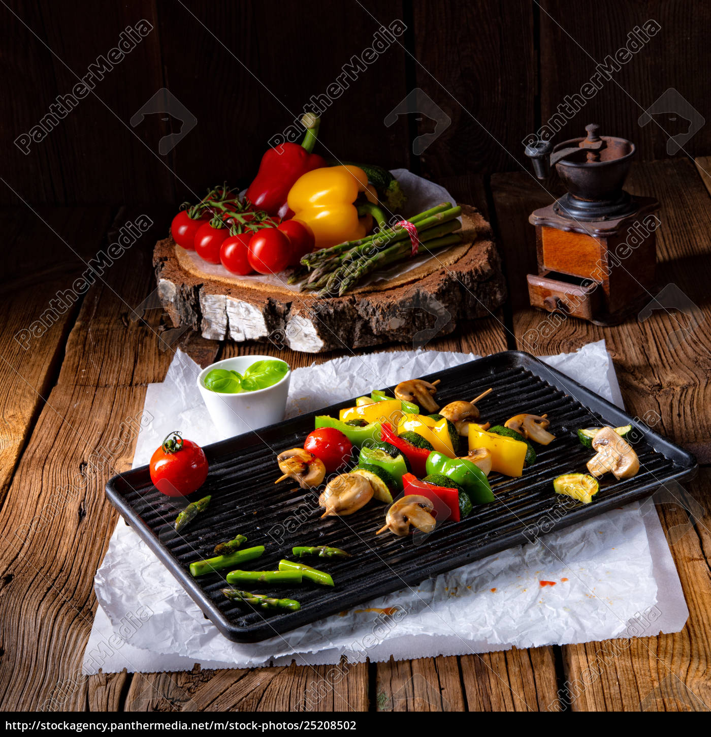 rustic, vegetable, shashlik, with, green, asparagus - 25208502