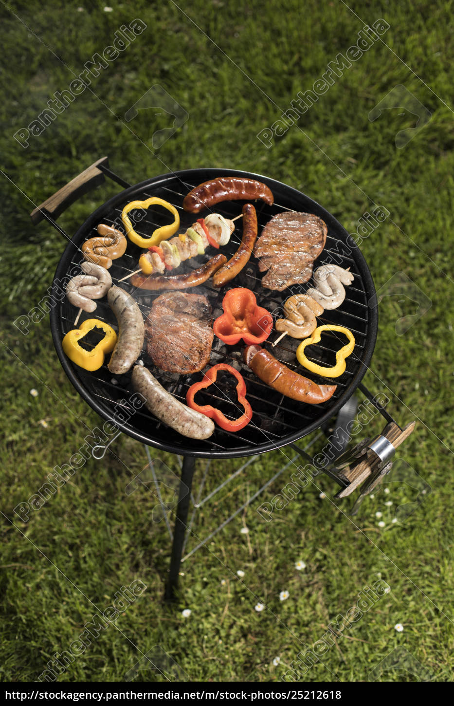 assorted, delicious, grilled, , barbecue, and, fire - 25212618