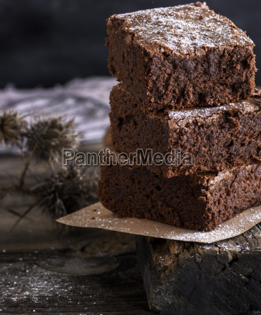 pile, of, square, slices, of, baked - 25232590