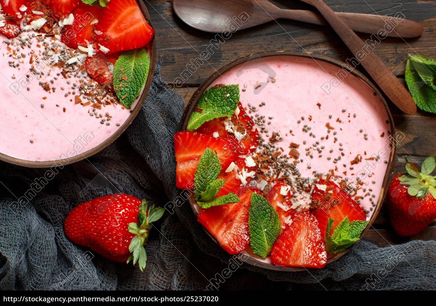 strawberry, smoothie, bowls - 25237020