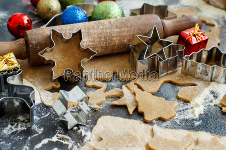 cooking christmas cookies with cookie