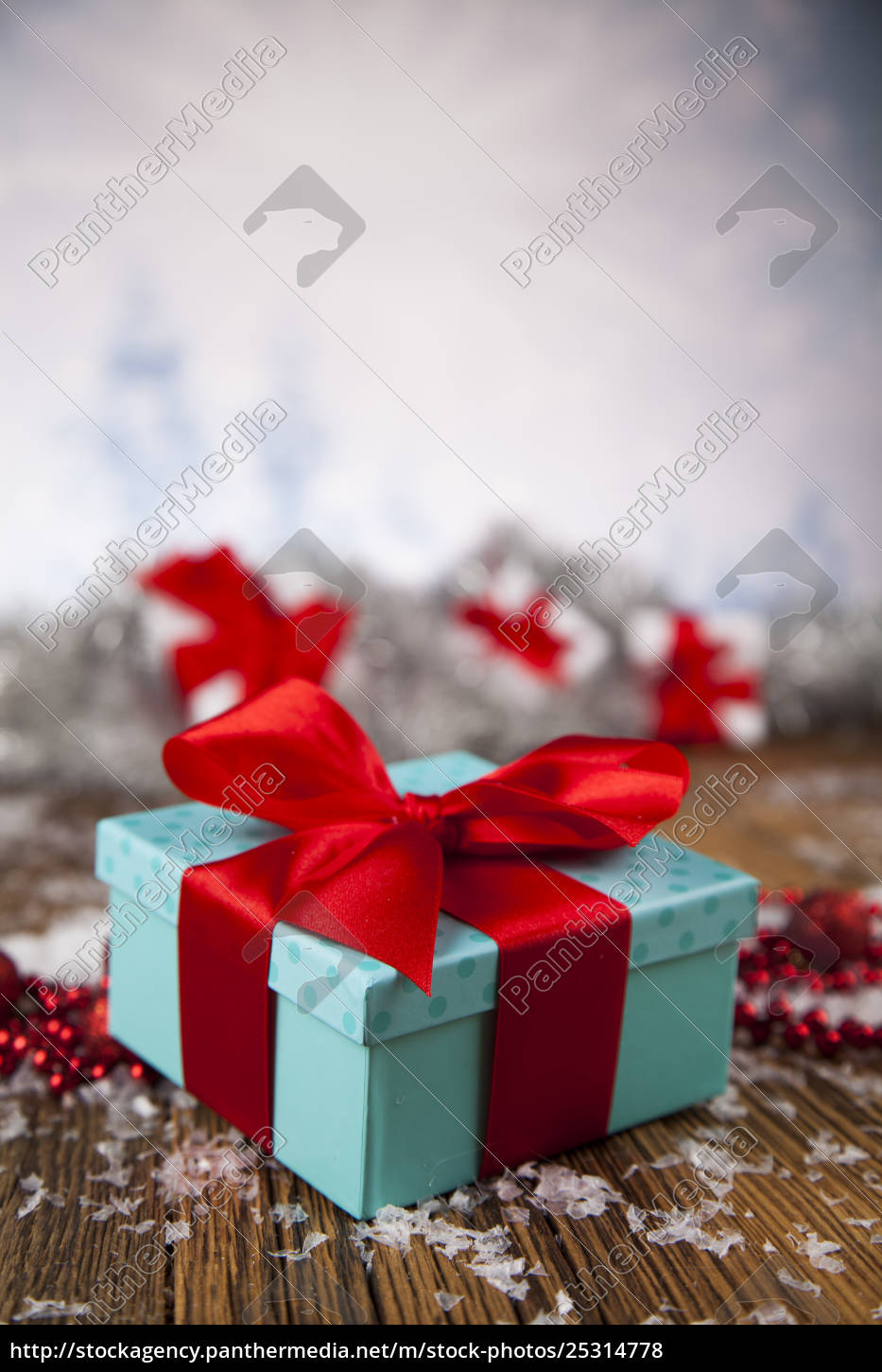christmas, balls, , gift, box, with, red - 25314778