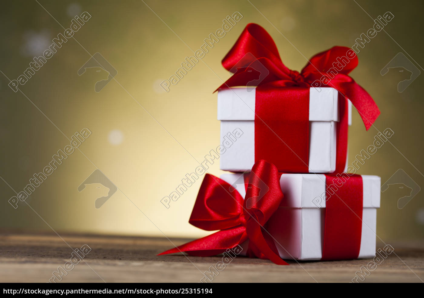 christmastime, celebration, , gift, box, with, red - 25315194
