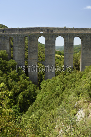 historical bucolic bridge sights attraction europe