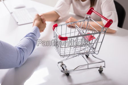 close-up, of, empty, shopping, cart, on - 25333714