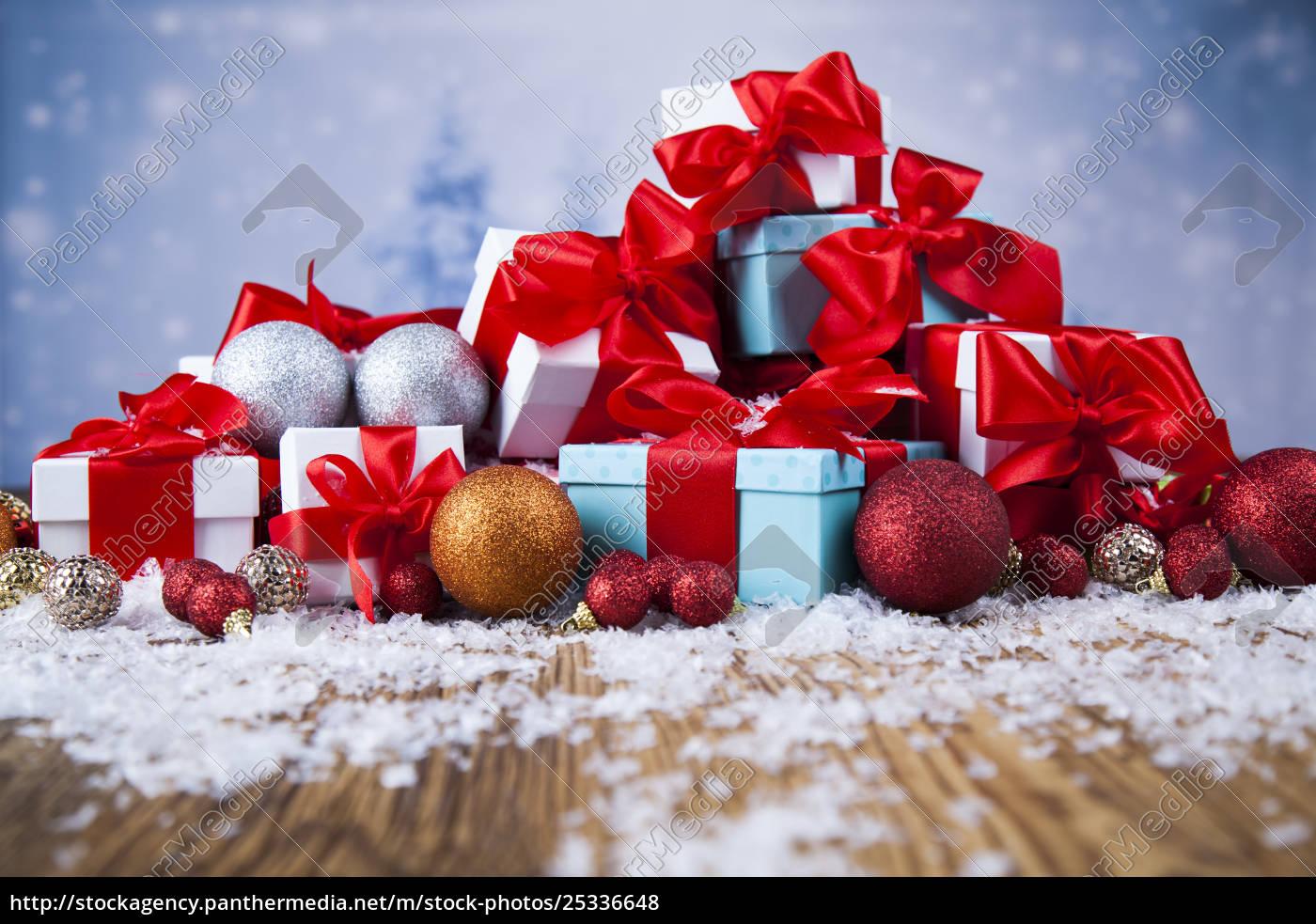 christmas, gift, box, and, balls, on - 25336648