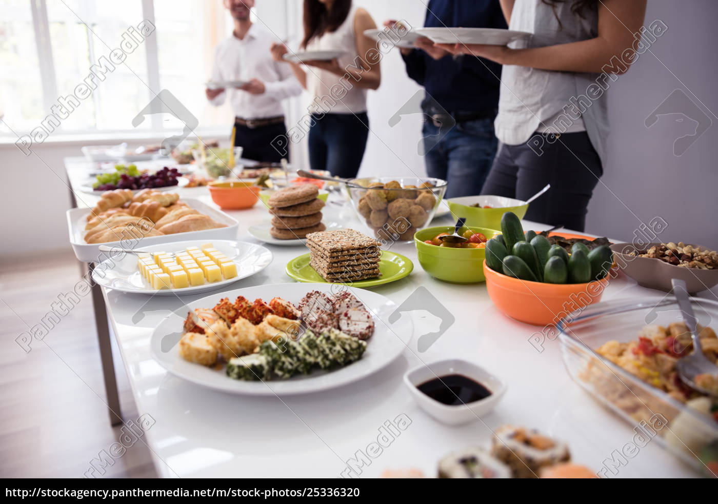 people, eating, healthy, meal - 25336320