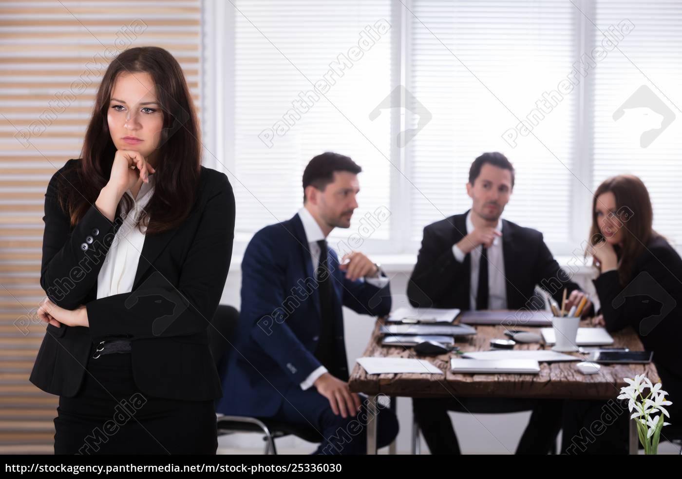 portrait, of, a, sad, businesswoman - 25336030