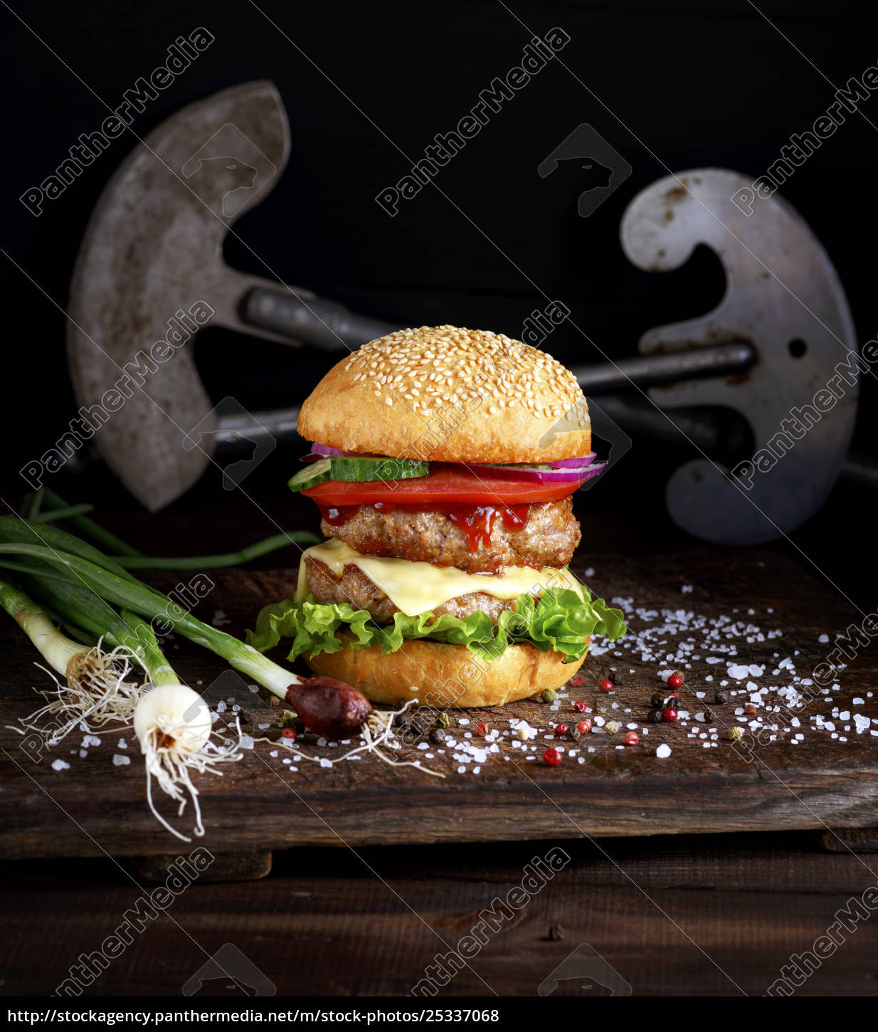 double, burger, with, vegetables, and, cheese - 25337068