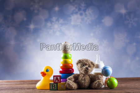 teddy bear on on wooden background