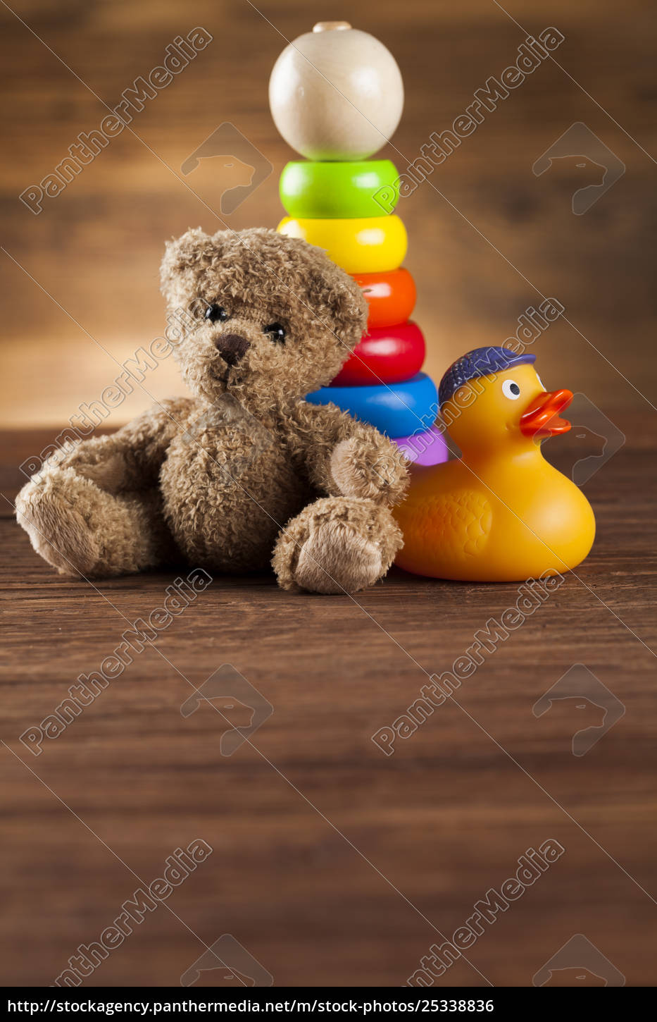 teddy, bear, on, on, wooden, background - 25338836