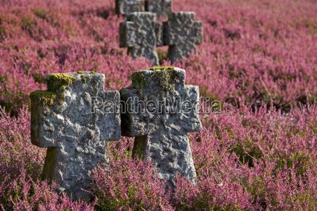 historical story religion monument cenotaph remember