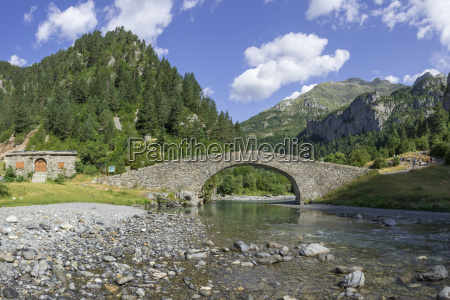 historical bucolic national park bridge europe