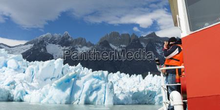 grey glacier and grey lake torres