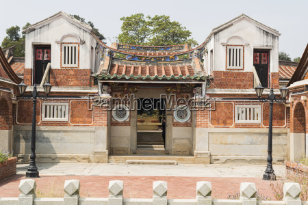classic taiwanese architecture in the folk