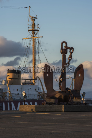 a large anchor is displayed outside