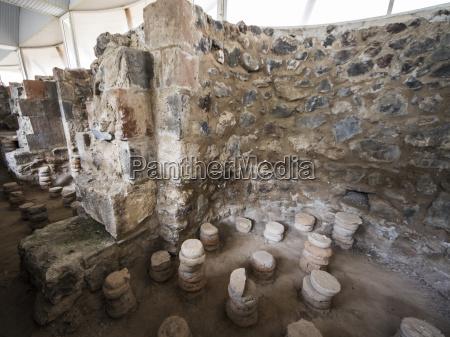 hypocaust ancient roman system of underfloor