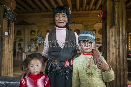 inside a traditional tibetan house big