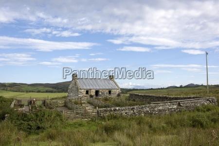 isle of colonsay scotland stone farmhouse