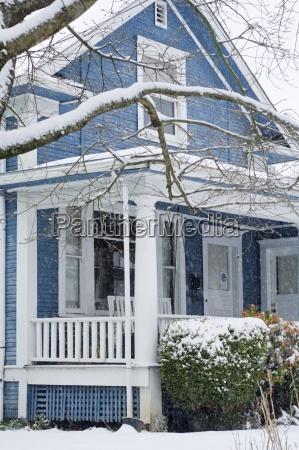 snowy 1723 se 35th ave portland