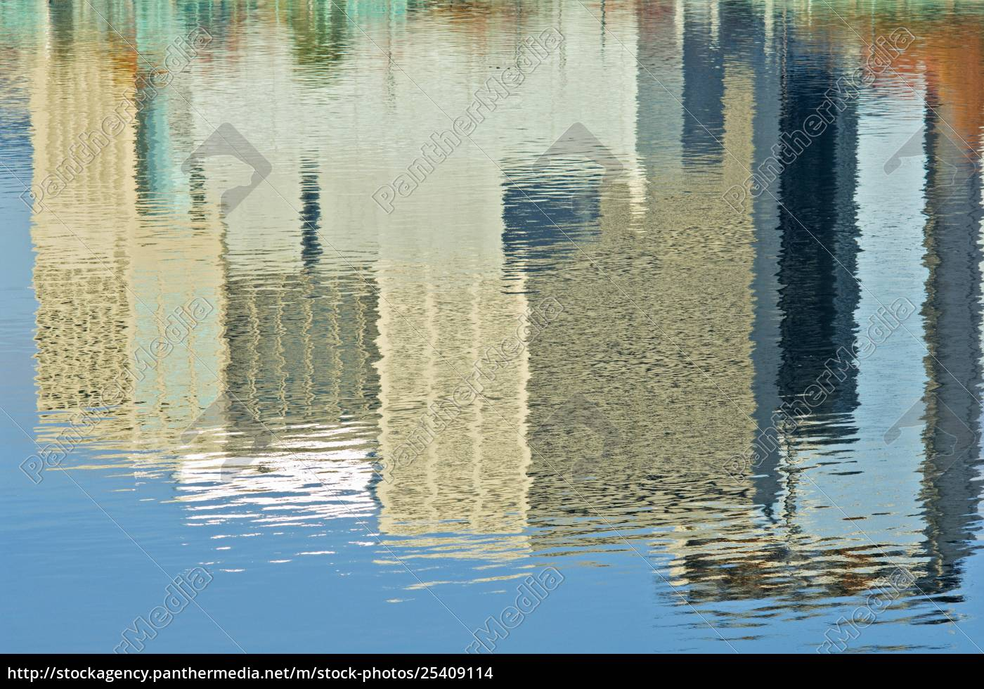 willamette, river, , portland, , oregon, , usa;, reflection - 25409114