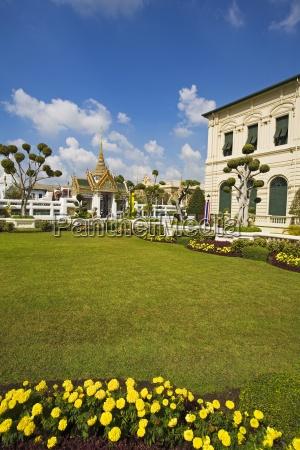 gardens at royal grand palace in