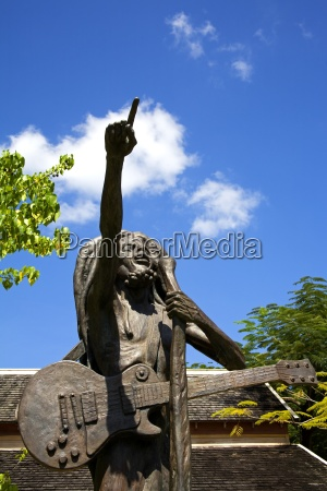 bob marley statue by christopher gonzales