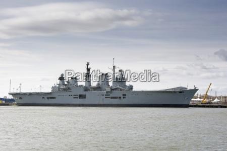 battleship on the river tyne england