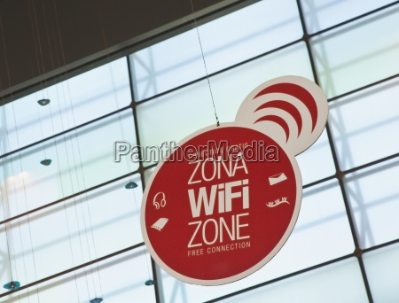wifi zone advertised in both spanish