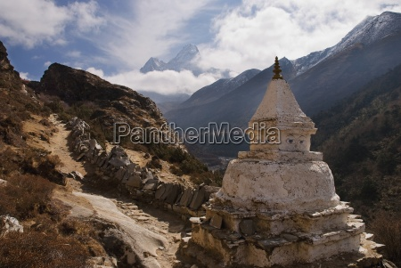 stupa along the everest base camp