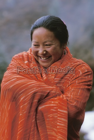 woman laughs namche bazaar solo khumbu