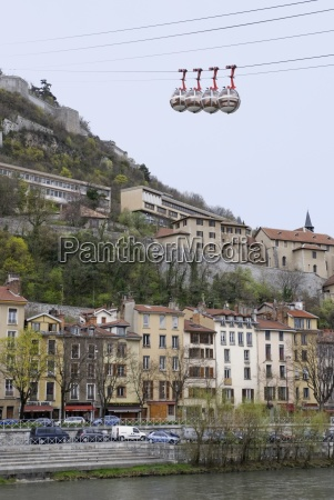 les bulles cable cars over the