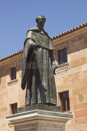 statue, of, augustinian, friar, fray, luis - 25430032