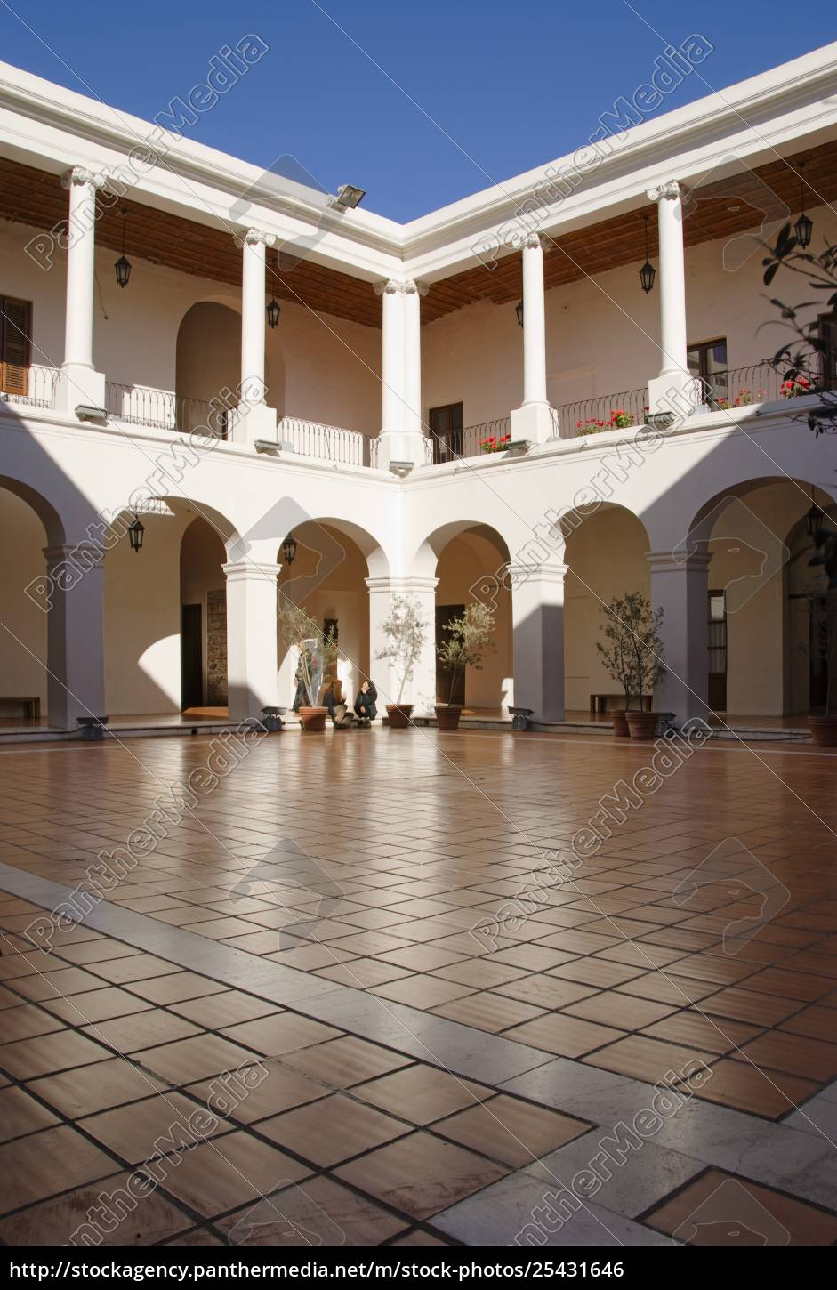 courtyard, in, the, museo, del, cabildo; - 25431646