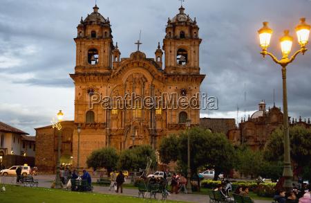 plaza de armas and templo de