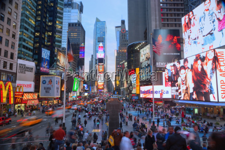 crowds in times square new york