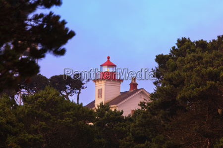yaquina bay lighthouse newport oregon united