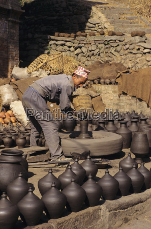 nepal bhaktapur potters square local man