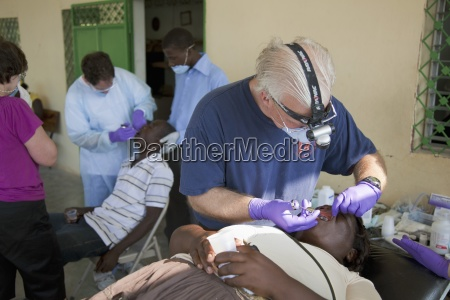 dentists volunteer their time and talent