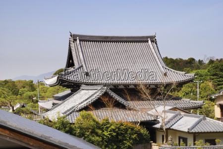 japanese temple rooftop kyoto japan
