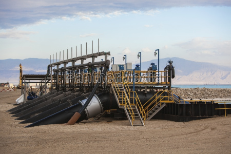 pumps to filter the dead sea