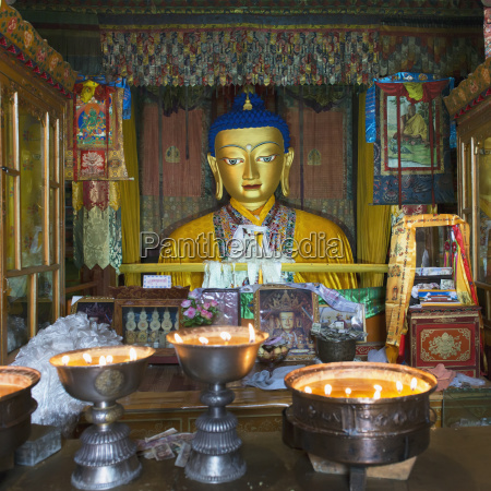 drepung monastery ceremonial room lhasa xizang