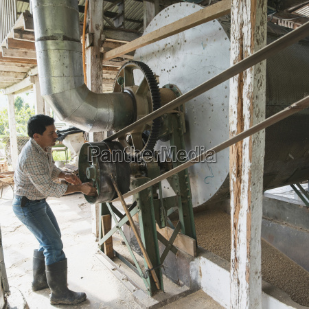 worker at a coffee plantation zacapa
